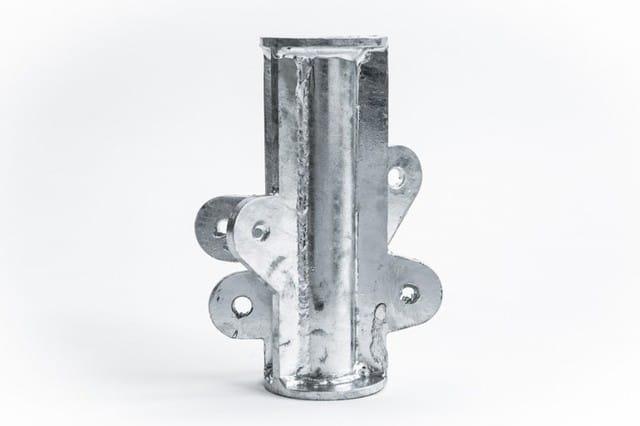 Một nút thép được sản xuất theo truyền thống là sản xuất rẻ hơn tại thời điểm này, nhưng develo Arup của ...