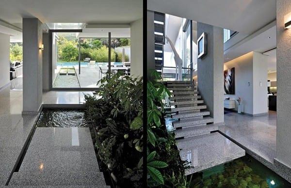 Thật sai lầm nếu ai đó nói rằng không thể có một khu vườn nước bên trong nhà. Bạn hãy nhìn ngôi nhà này xem và đây thực sự là điều đáng mơ ước.