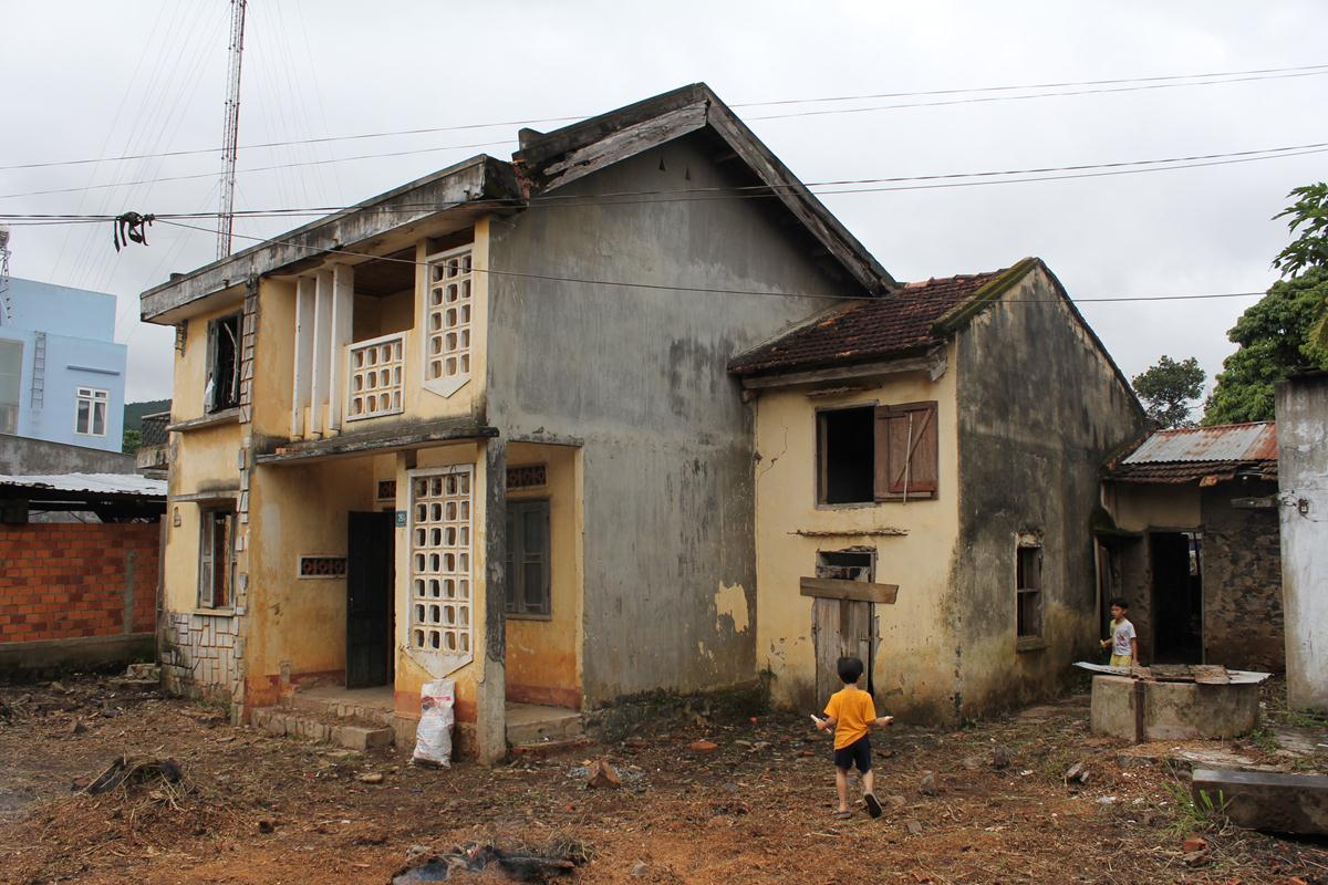 Ngôi nhà cũ trước khi cải tạo