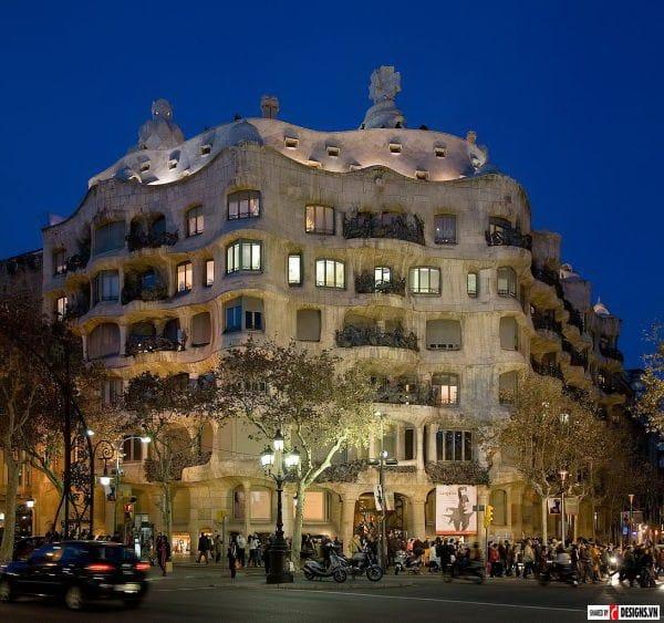 thietke-kientruc-Casa_Milà_Barcelona_Spain