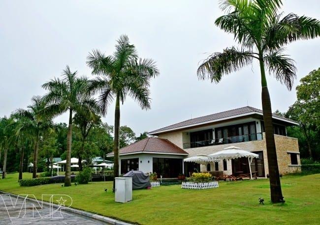 Flamingo Đại Lải (Vĩnh Phúc): Resort tuyệt đẹp này được tạp chí điện tử về kiến trúc và thiết kế Designboom đưa vào danh sách 10 công trình khách sạn và nghỉ dưỡng đẹp nhất thế giới. Ảnh: Flamingo Đại Lải.