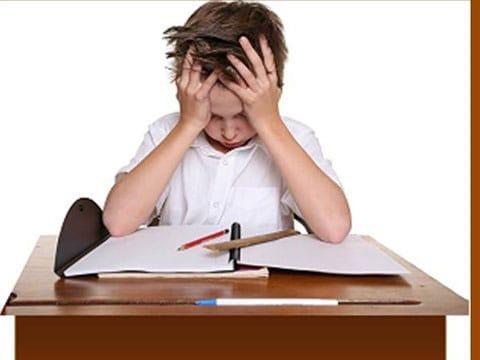 Đừng để điểm số ở trường trở thành áp lực với bạn