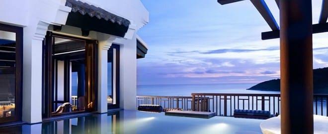 Với thiết kế hài hòa giữa các tòa nhà và cảnh quan, resort là nơi dừng chân của nhiều du khách nước ngoài. Ảnh: InterContinental Danang Sun Peninsula.