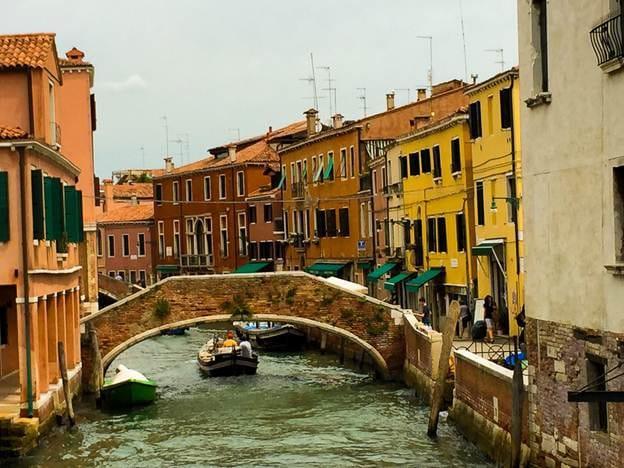 Venice thơ mộng. (Ảnh: Chris Owen)