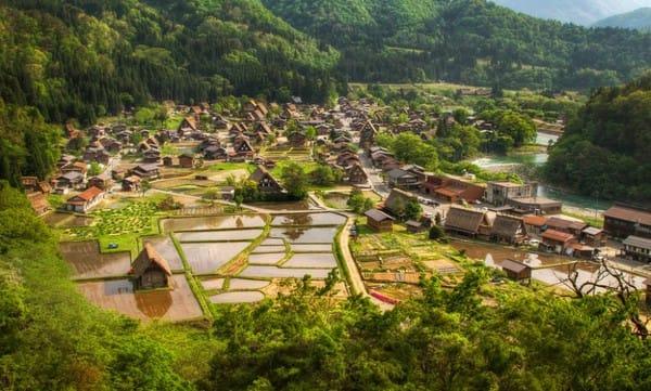 Thật khó mà tin rằng những chiến binh Samurai của Nhật lớn lên từ ngôi làng hiền hòa này.