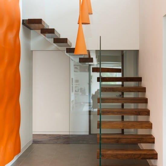 Cầu thang không tay vịn - kiểu cầu thang đẹp xuất sắc cho nhà hiện đại - Ảnh 11.