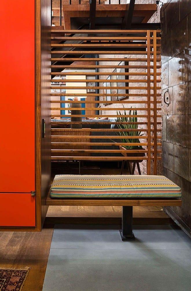 Nhà máy xà phòng cũ được cải tạo thành không gian sống đẹp đến khó tin - Ảnh 6.