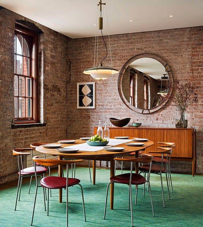 Nhà máy xà phòng cũ được cải tạo thành không gian sống đẹp đến khó tin - Ảnh 7.