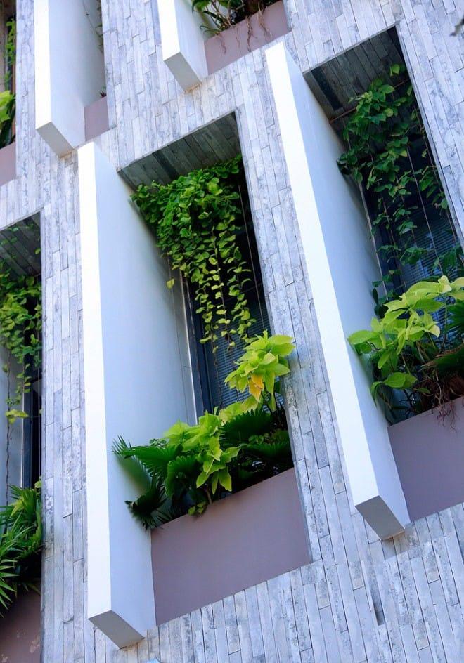 Căn nhà Việt gây ngỡ ngàng vì có công viên tuyệt đẹp trên sân thượng và ngay giữa nhà - 7