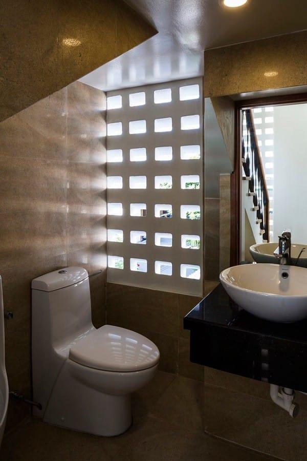 Nhà ống 4 tầng mà đẹp như resort nhờ cây xanh mọc khắp nhà - 14