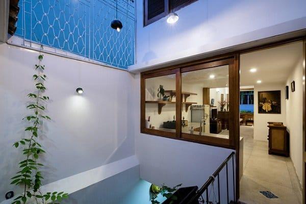 """""""Nhà nằm trong nhà"""" ở Sài Gòn xuất hiện đầy ấn tượng trên báo Mỹ - 12"""