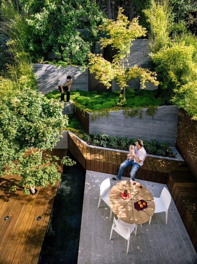 Sau cải tạo, sân vườn kiểu ruộng bậc thang này khiến ai cũng tròn mắt ngưỡng mộ - Ảnh 2.