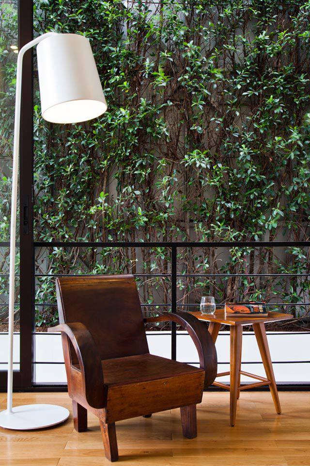 Thay tường thô cứng bằng vườn treo, biệt thự Việt đẹp ngỡ như ở trời Tây - 16