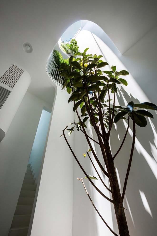Thiết kế kiểu mới khiến nhà ống mặt phố ở Sài Gòn thoáng đãng đẹp mê li - 10