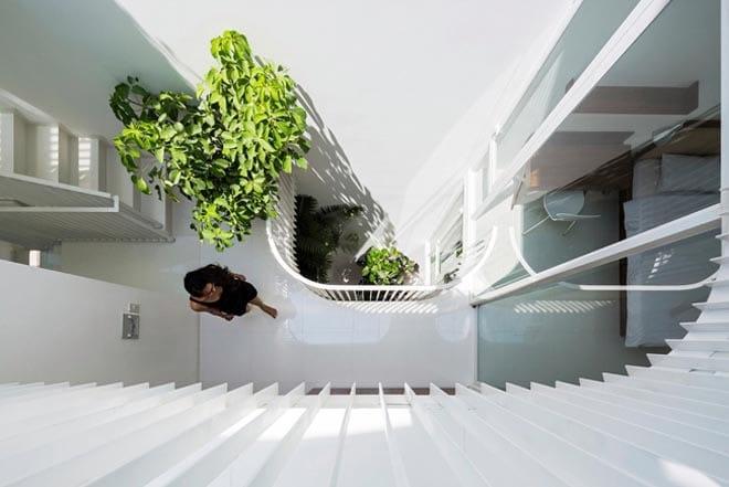 Thiết kế kiểu mới khiến nhà ống mặt phố ở Sài Gòn thoáng đãng đẹp mê li - 11