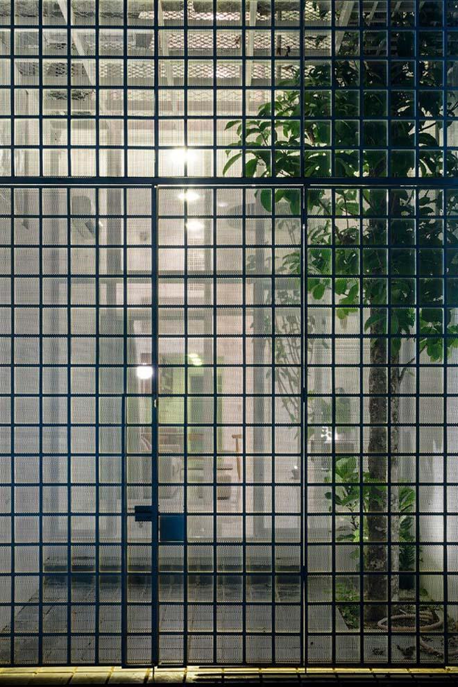 Thiết kế kiểu mới khiến nhà ống mặt phố ở Sài Gòn thoáng đãng đẹp mê li - 5