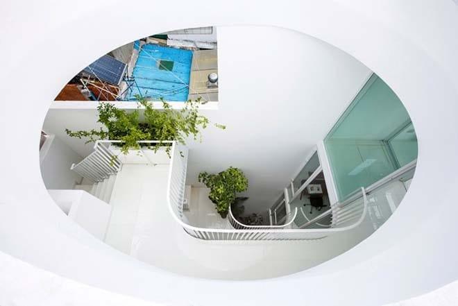 Thiết kế kiểu mới khiến nhà ống mặt phố ở Sài Gòn thoáng đãng đẹp mê li - 8