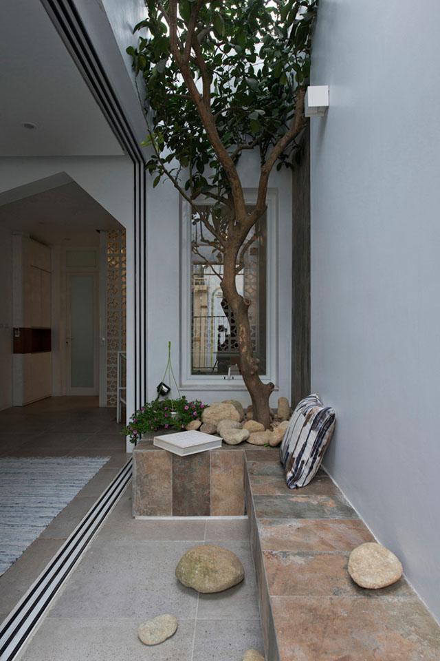 Ngôi nhà ở Đống Đa nổi bật trên báo Mỹ nhờ kiến trúc đáng học hỏi - 11