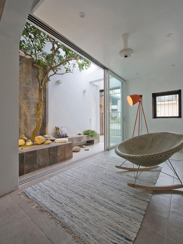 Ngôi nhà ở Đống Đa nổi bật trên báo Mỹ nhờ kiến trúc đáng học hỏi - 4