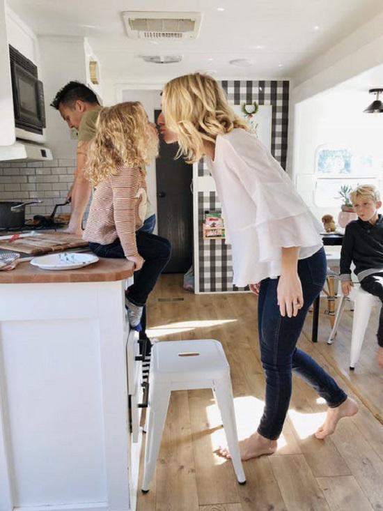 Bất ngờ với căn nhà chỉ 19m² giá 56 triệu đồng của vợ chồng trẻ, 5 người ở thoải mái - 16