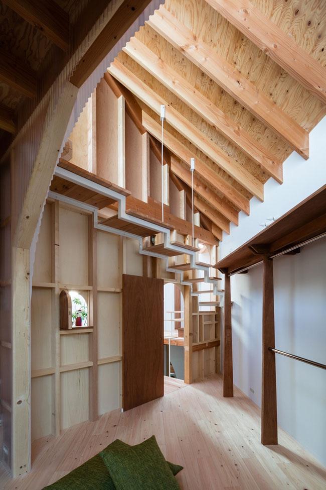 Nhà 2 tầng gây xôn xao giới kiến trúc vì thiết kế... lạ - 17