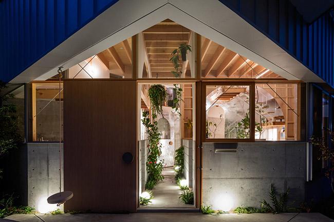 Nhà 2 tầng gây xôn xao giới kiến trúc vì thiết kế... lạ - 3