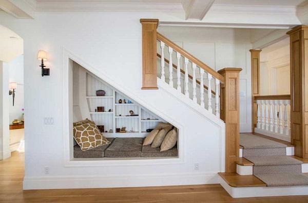 Đừng bỏ trống gầm cầu thang vì biết cách tận dụng, nhà chật đến mấy cũng sẽ rộng gấp đôi - 6