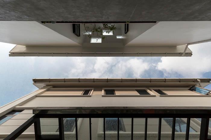 Căn nhà Long Biên được báo Mỹ khen hết lời nhờ thiết kế quá táo bạo - 3