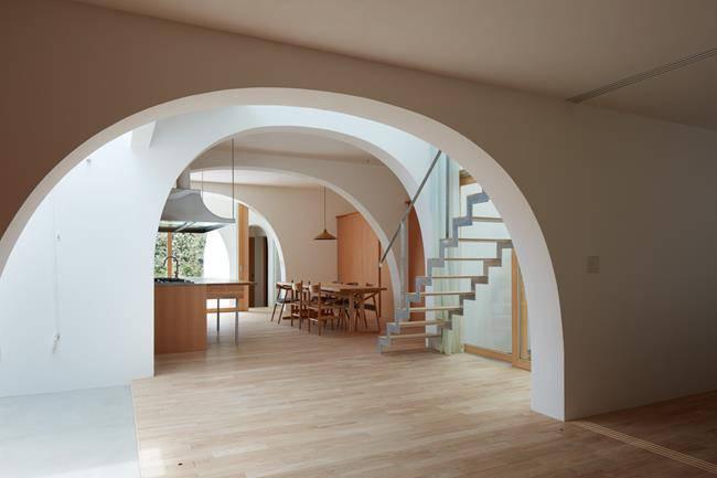 Căn nhà như cái hang mà được khen hết lời vì lý do đặc biệt - 12