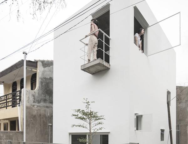 Vợ chồng trẻ xây nhà 2 tầng 45m² ở quê, bình dị mà được lên cả báo nước ngoài - 1