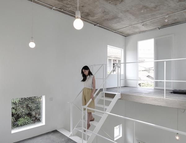 Vợ chồng trẻ xây nhà 2 tầng 45m² ở quê, bình dị mà được lên cả báo nước ngoài - 8