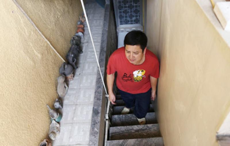 """Lục tung nhà 5 danh hài đất Bắc có đời tư """"kín như bưng"""": Bất ngờ nhất là Chí Trung! - 20"""