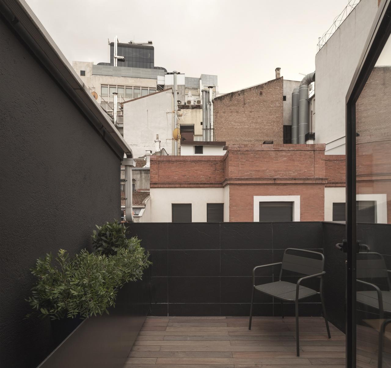 nhà tối giản ana apartment house elledecoration vn