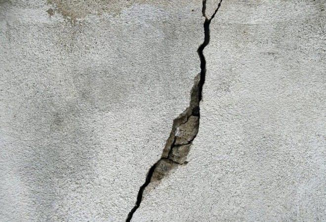 Các nhà khoa học nghiên cứu thành công loại bê tông mới ít bị nứt hơn so với bê tông thông thường - Ảnh 2.