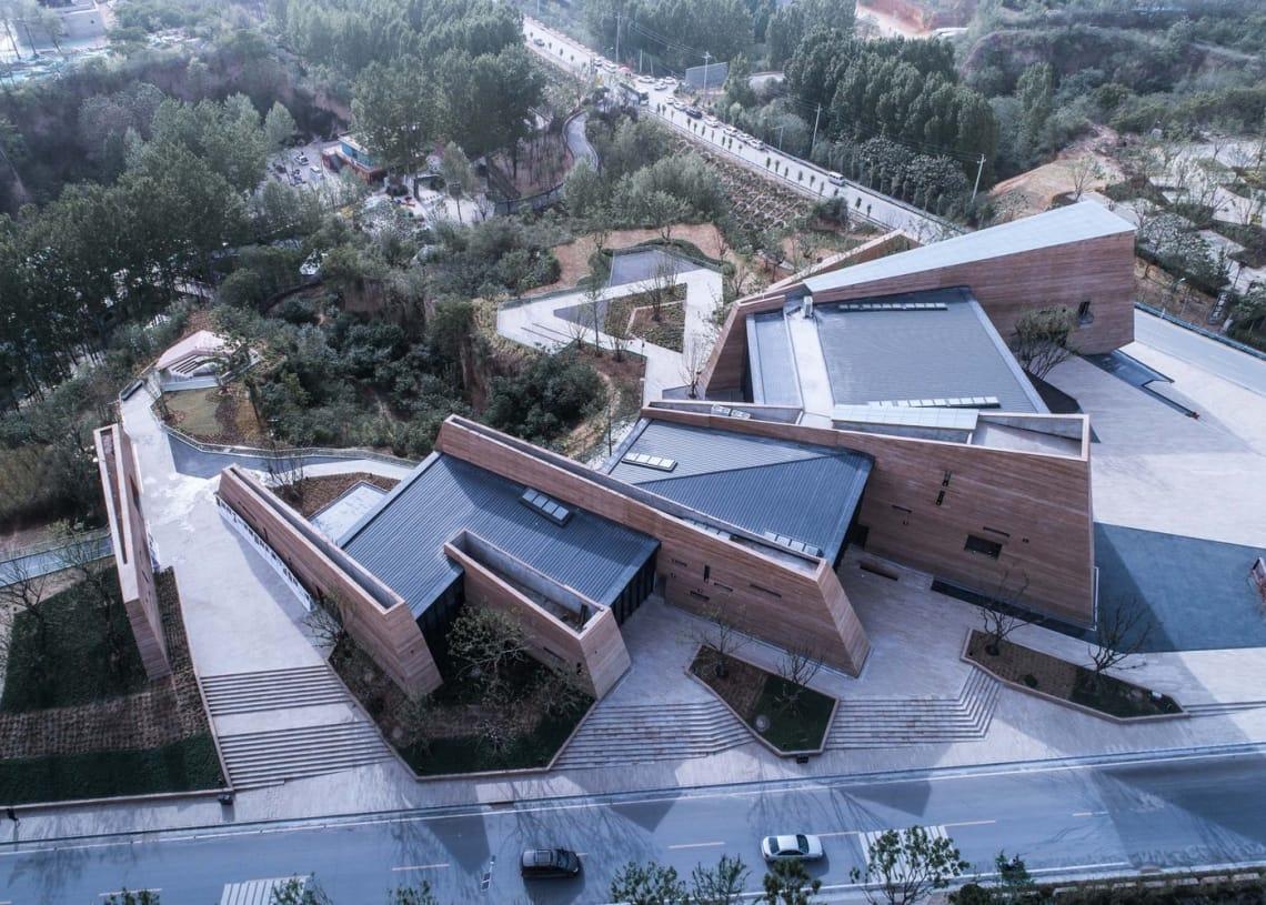 郑州建业足球小镇游客中心_(18)